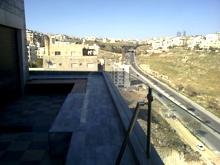 بيت 540م للبيع في عبدون، يبعد 500 م عن السفاره السعوديه وتاج مول