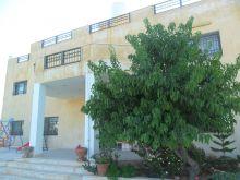 مزرعة 4دونم للبيع على طريق عمان جرش مطلة على سد الملك طلال