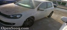 سيارة قولف2012 للبيع